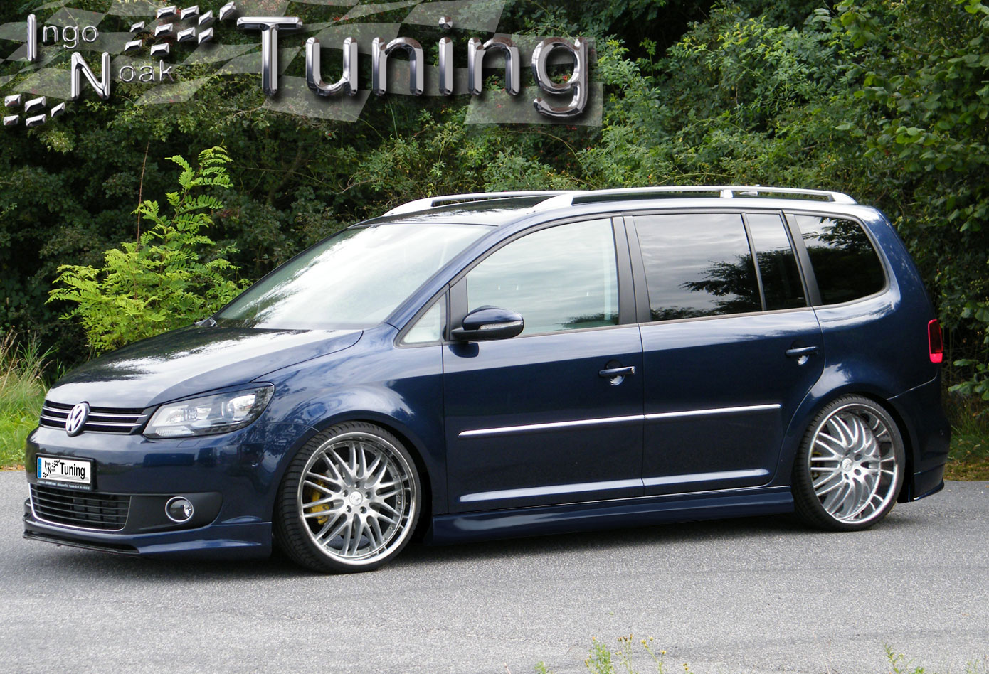 bodykit vw touran facelift gp2 frontspoiler heckansatz ahk. Black Bedroom Furniture Sets. Home Design Ideas